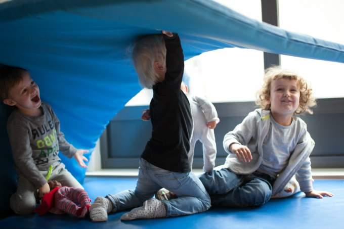 Kinder - Matratze - Wichtel Akademie München