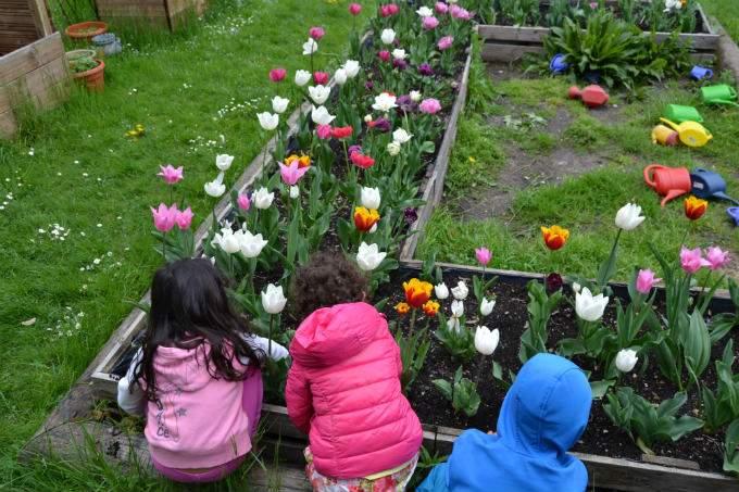 Blumen - Garching - Wichtel Akademie München