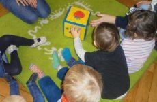 Morgenkreis in der Kinderkrippe Schwabing