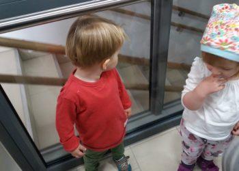 Aufzug - Kinder - Wichtel Akademie München