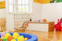 Spielzeug Kita Schwabing Münchner Freiheit Wichtel Akademie