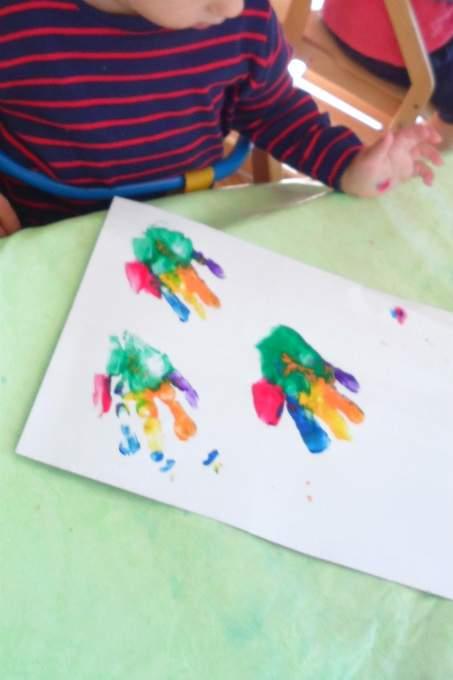 bunte Farben - Hände - Wichtel Akademie München