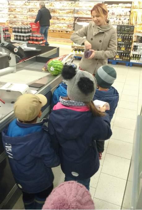 Supermarkt - Kasse - Wichtel Akademie München
