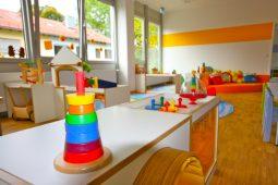 Spielzeug Kita Trudering Wichtel Akademie München