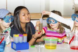 Kinderkrippe Kindergarten Biederstein-Schwabing Wichtel Akademie München
